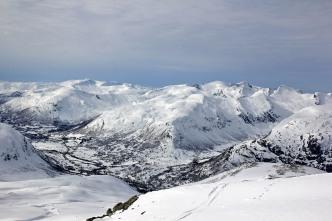Honndalen peaks