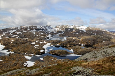 View towards Portafjellet and Vardeheia