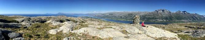 Hamnfjellet summit view (1/2)