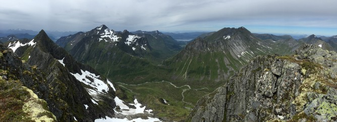 Mannen summit view (2/2)
