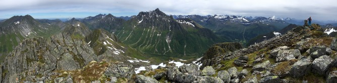 Mannen summit view (1/2)