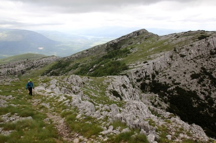 A top south of DInara