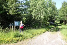 At the Hamnfjellet trailhead