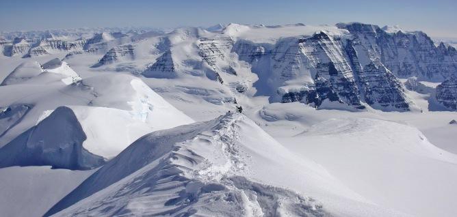 Dome summit ridge