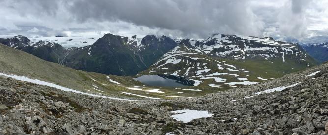 Nonselvvatnet and the Storfonn massif