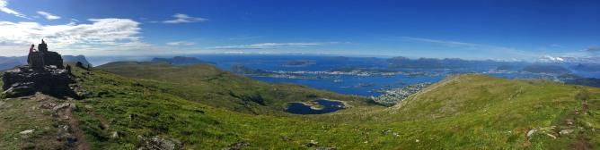 Vardane summit view (1/3)