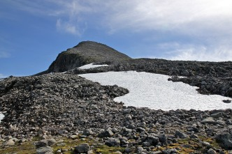 Ytstetinden's north ridge