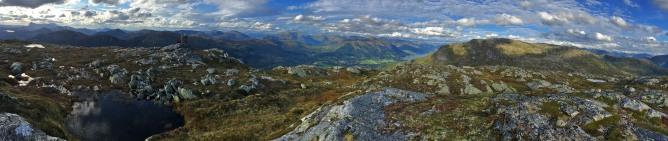 Halvgjerda summit view (1/4)