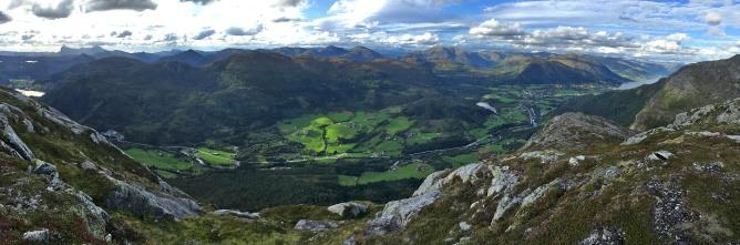 Halvgjerda summit view (3/4)