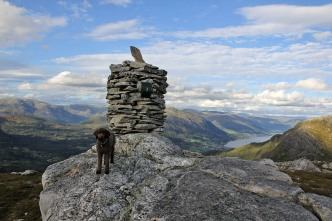 The viewpoint cairn