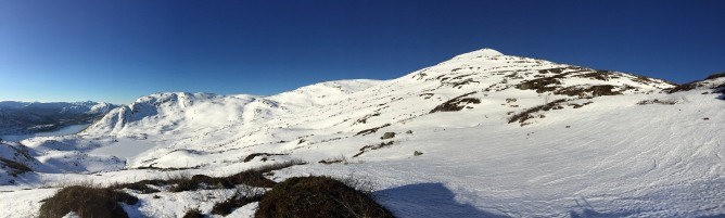 The ridge ahead, wider angle