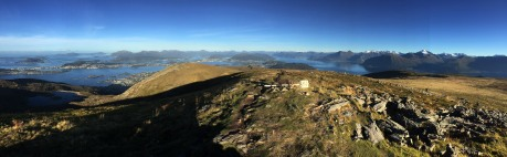On top of Vardane (the cairns)