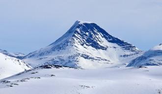 Puttegga - highest peak in M&R - 1999m