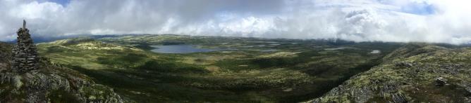 Dynjefjellet summit view (1/2)