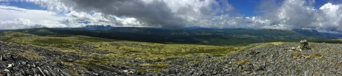 Dynjefjellet summit view (2/2)