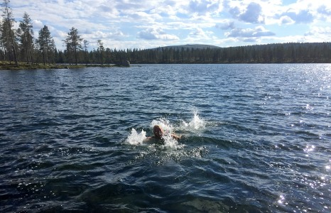 Anne, having fun in Lomtjønna
