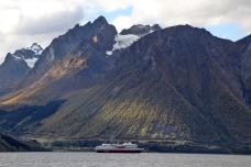View across Hjørundfjorden