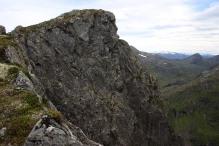 Joldalshornet's east top