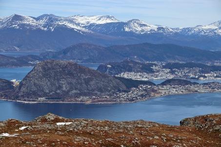 View towards Ålesund