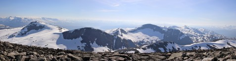 The Natakupa massif
