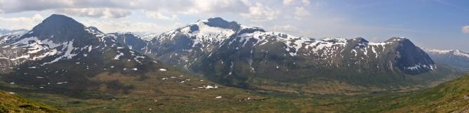 Botnenibba and Holtafjellet