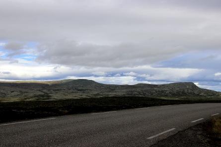 Hirisjøhøgdene seen from Frissvegen