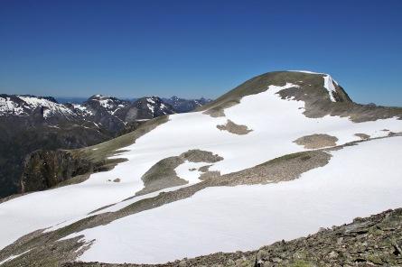 Storhornet 1600m - highest point on this massif