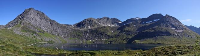 Lake Grytavatnet view