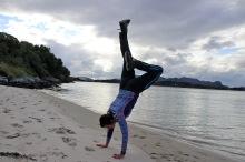 Handstand (I)