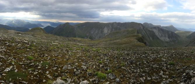 Heidskredhornet and Lågehornet