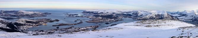 View towards Ulsteinvik
