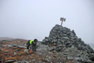 On top of Meraftafjellet. No snow!