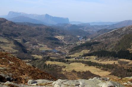 Nedrelavikdalen valley
