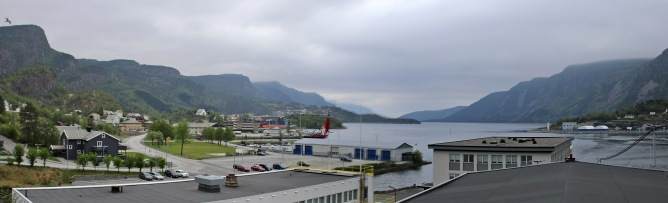 Passing Svelgen