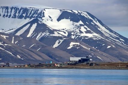 Longyearbyen around the corner