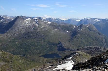 Ångelsvatnet with Rindalshyrna to the left